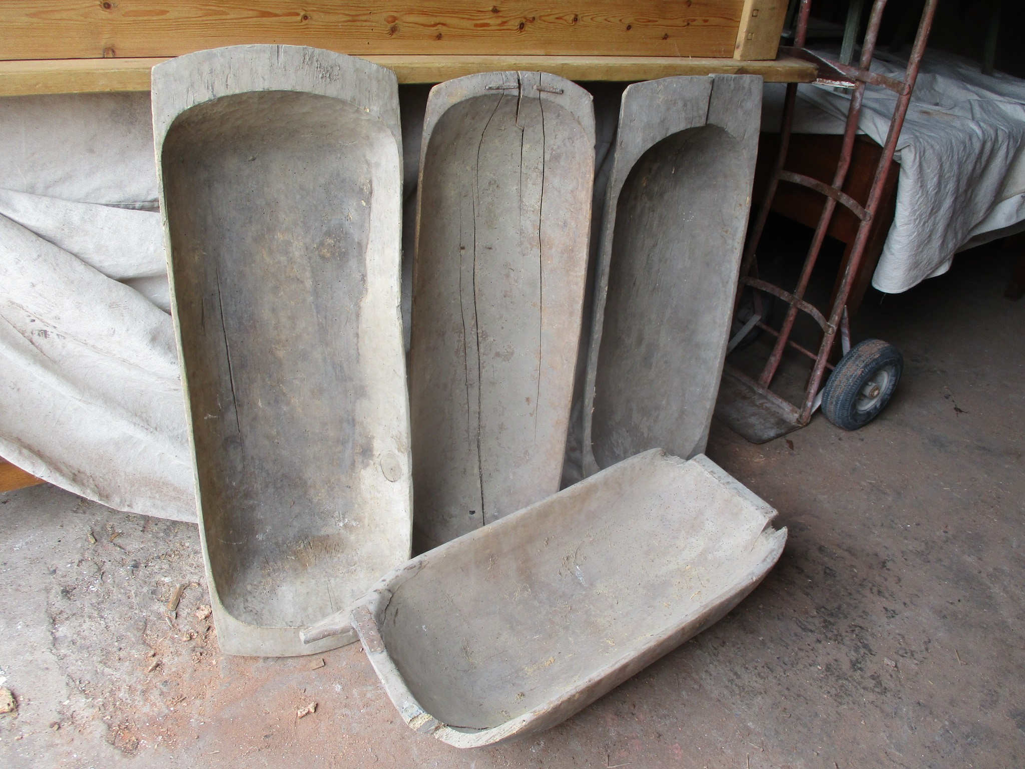 dough trugs or troughs