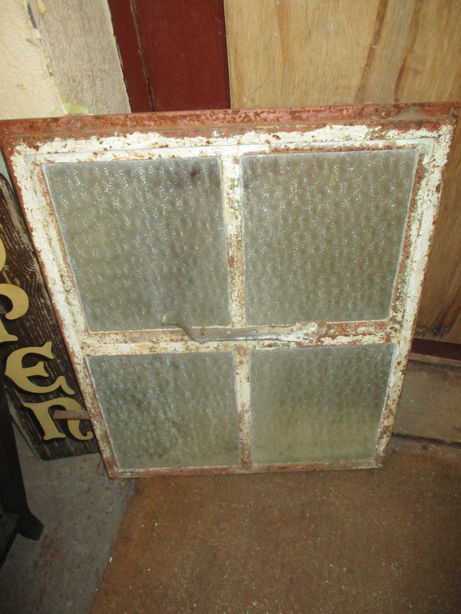 Crittal opening window - 4 pane