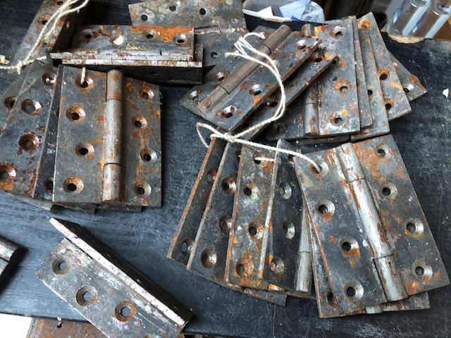 Hinges - Victorian cast iron 3