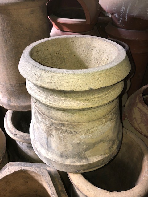 1ft round BUFF chimney pot - cannon top