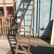 Ladder - 11 treads 112