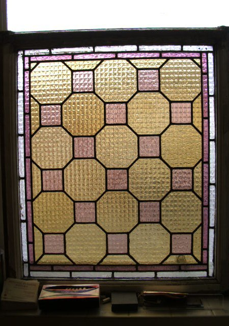 Checkerboard pattern framed light