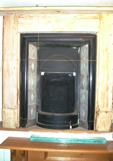 Edwardian Tiled insert and period pine surround (32