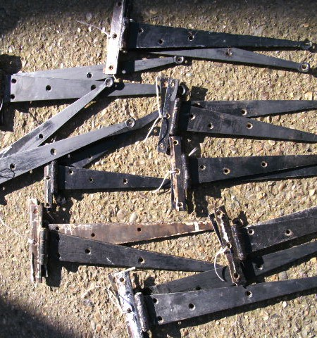 T-Hinges or Blacksmiths Penny Hinges