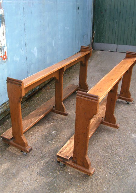 Church kneeling pews