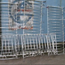 Iron balustrade or railings - decorative 24ft run
