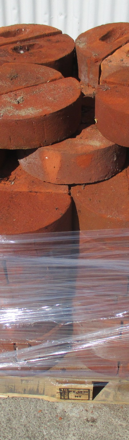 Suffolk Red half round copings 220x110x95
