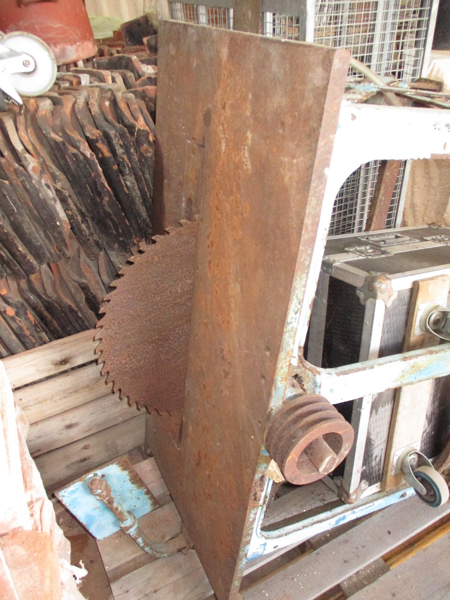 Table saw - steam / traction operated