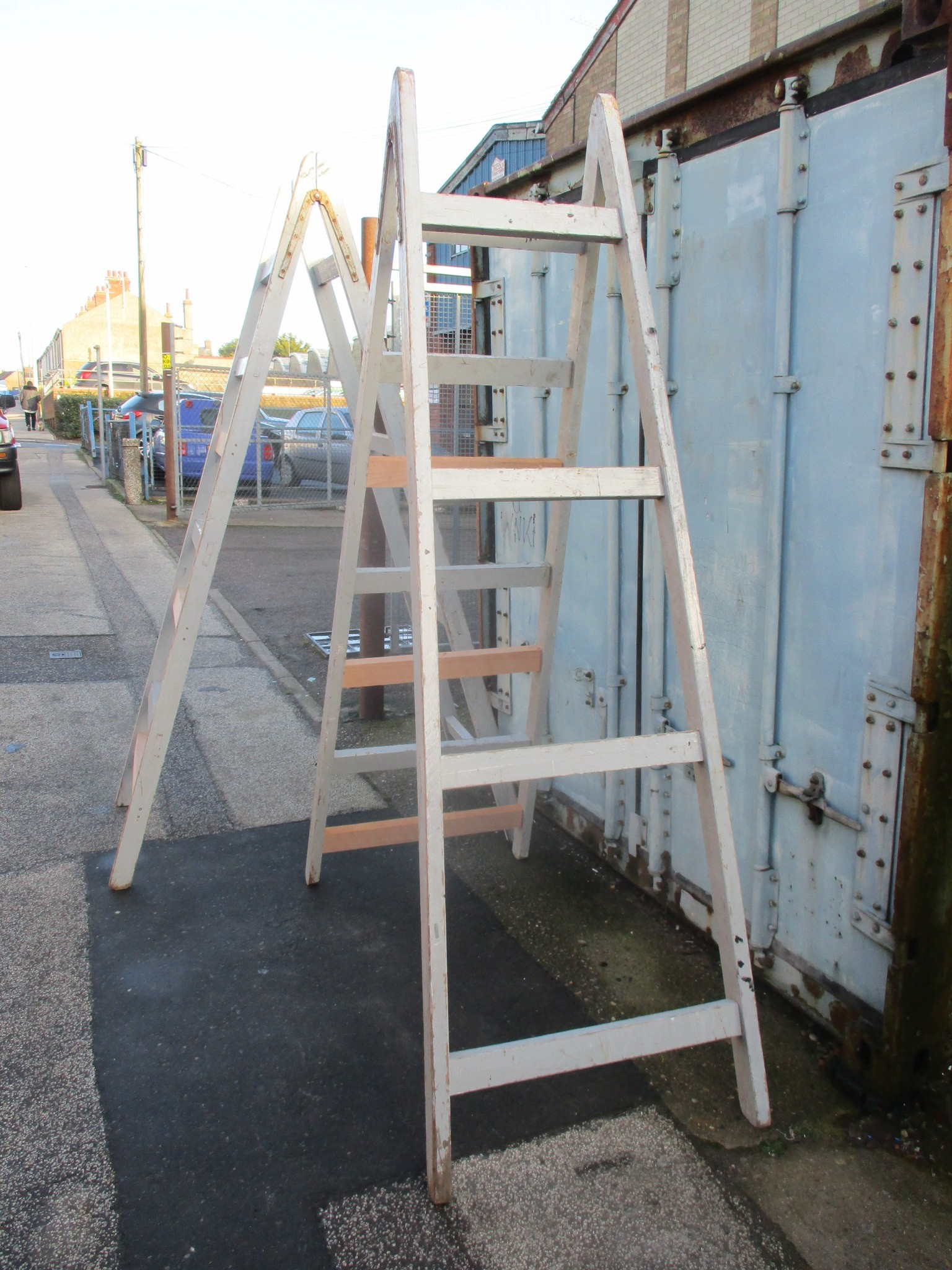 Large Display Trestles