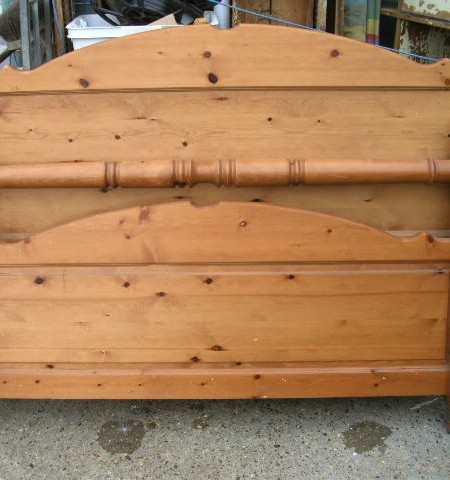 bed frame - King sized pine