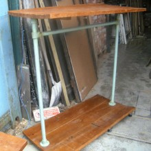 Clothes hanger - Industrial look shop fitting