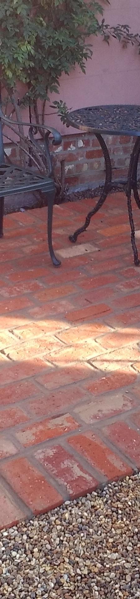 Suffolk Red wirecut brick patio